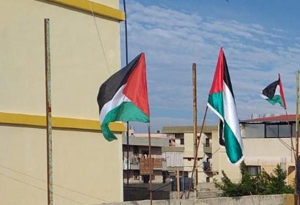 شاهد: مخيم نهر البارد يتزين بعلم فلسطين