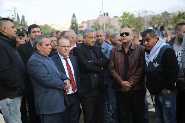 جماهير محافظة طولكرم وبمشاركة رسمية وشعبية تشيع جثمان الشهيد حبالي