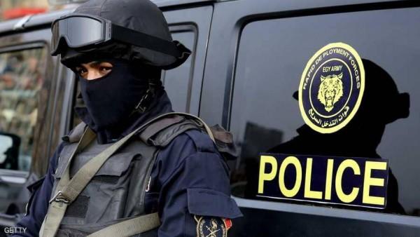 تضم مطربة وشخصيات معروفة.. مصر تضبط شبكة دولية للاتجار بالبشر