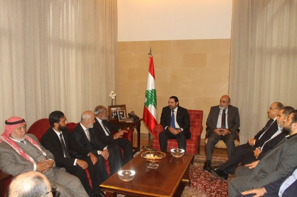 الوفد البرلماني الفلسطيني يلتقي الحريري ووعود بتحسين أوضاع اللاجئين