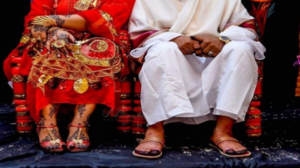 السودان: عاد من السفر ليُفاجأ بزوج زوجته في سريره