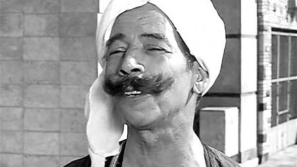 """عبدالغني النجدي.. أشهر شنب في السينما وكان يبيع النكتة بـ""""جنيه"""" لإسماعيل ياسين وشكوكو"""