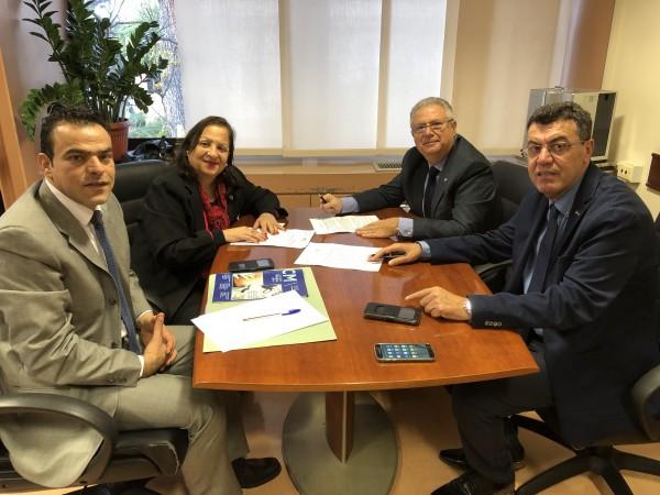 سفيرة دولة فلسطين لدى إيطاليا تلتقي نقيب الاطباء الأيطاليين