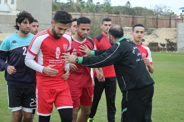 غزة الرياضي يبدأ التدريبات لمرحلة الاياب