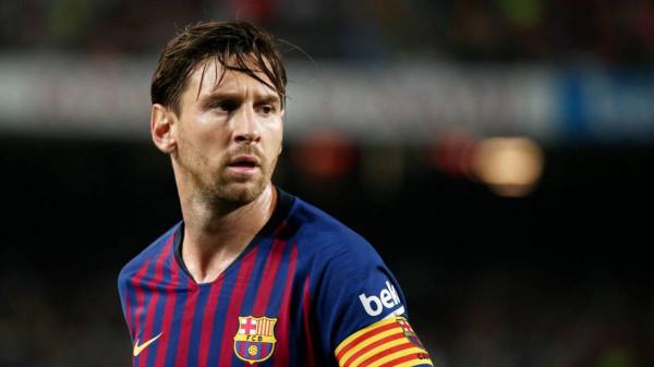 نجم برشلونة يُهاجم ريال مدريد بسبب ميسي