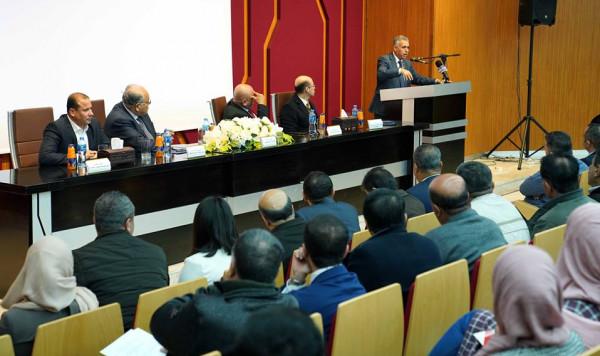 الأعرج يفتتح فعاليات اليوم العالمي لنظم المعلومات الجيومكانية في الجامعة الأمريكية بجنين