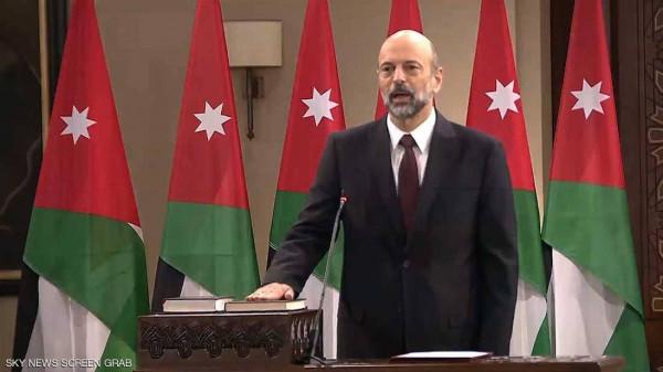 بعد مظاهرات عارمة: الحكومة الأردنية تُقرر سحب مشروع قانون خاص بالجرائم الإلكترونية