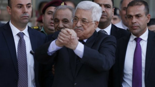 رداً على مُلصقات قتل الرئيس.. حماس: حكومة الاحتلال تتحمل مسؤولية التحريض الخطير