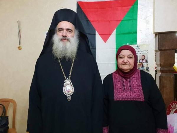 المطران حنا: نتضامن مع عائلة أبو حميد والتي دُمر منزلها فجر اليوم