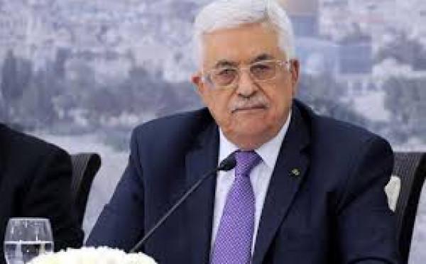 فتح: الرئيس عباس الصخرة الصلبة التي تتكسر عليها كل المؤامرات