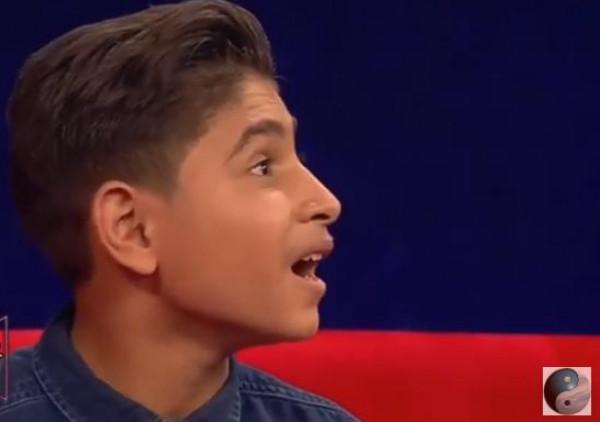 فيديو: محمد عساف يفاجئ طفل فلسطيني يحلم برؤيته... لحظات مؤثرة