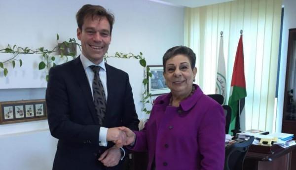 عشراوي تبحث مع برلماني هولندي آخر التطورات السياسية