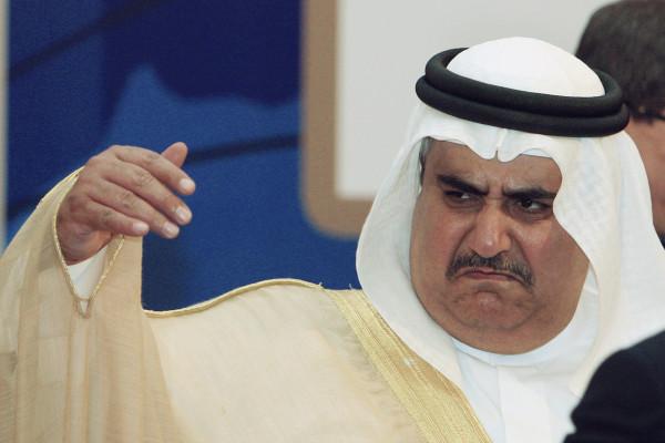 واصفاً إياه بـ (الجاهل).. قيادي فلسطيني يُهاجم وزير الخارجية البحريني