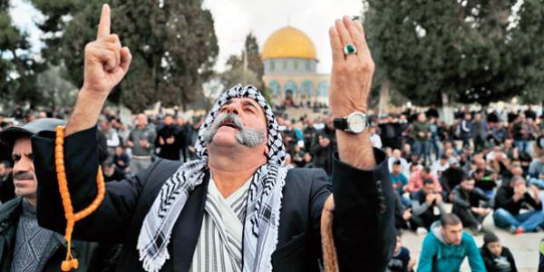 منظمة التحرير الفلسطينية تدين اقرار إسرائيل قانون طرد الفلسطينيين وتطالب بحماية دولية