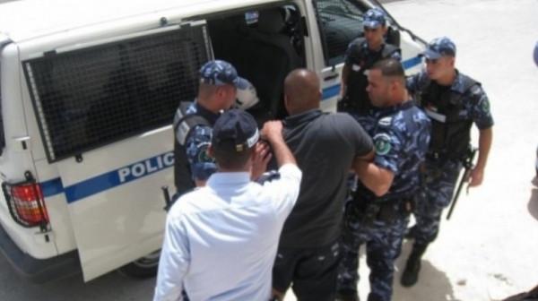 الشرطة تكشف ملابسات قضايا سرقة بقيمة 250 ألف شيكل
