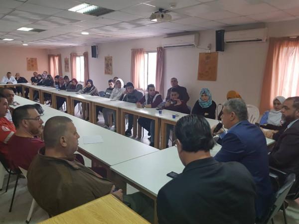 مستشار الرئيس محمود عباس يزور جمعية الهلال الأحمر