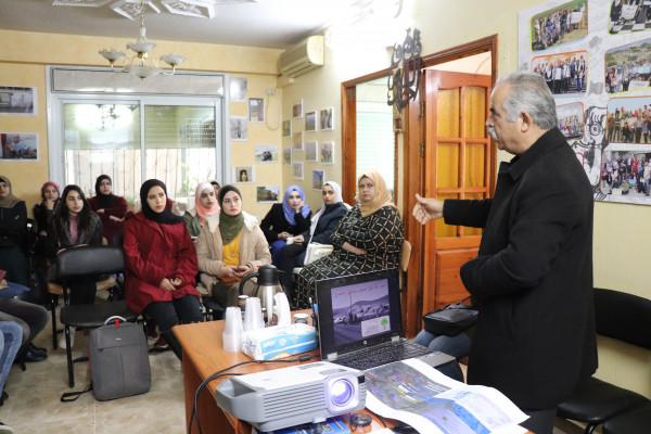 مركز أبحاث الأراضي بنابلس ينظم ورشة عن الأوامر الاسرائيلية المتعلقة بالأرض والسكن