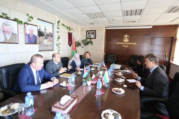 أبو زيد يبحث التعاون مع ممثل جمهورية لتوانيا