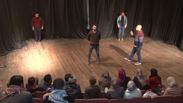 شاهد: (تياترو فلسطين) أول أكاديمية للفن المسرحي في قطاع غزة