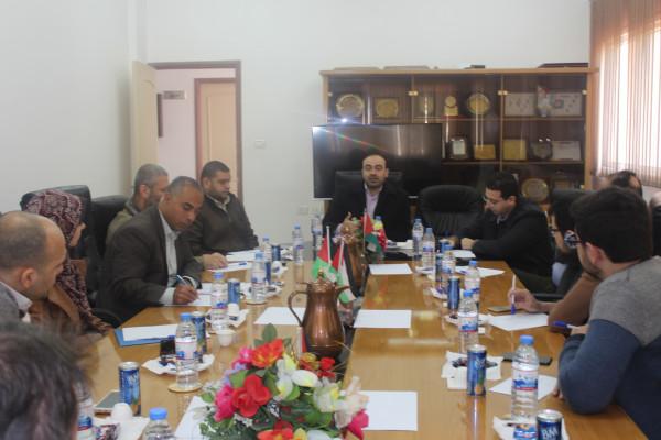 رئيس سلطة المياه يوقع مذكرة تفاهم مع جامعة الاقصى