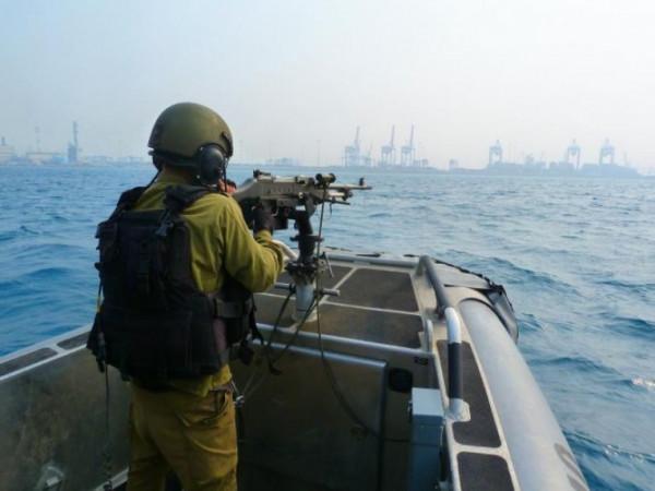 بحرية الاحتلال تُطلق النار تجاه مراكب الصيادين في بحر غزة