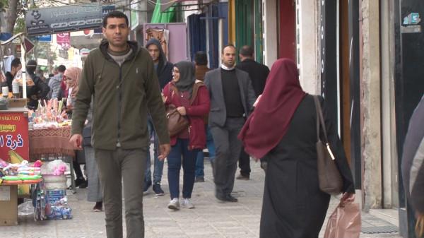 شاهد: ما مدى استفادة الفلسطينيين من شبكة الإنترنت بحياتهم اليومية؟