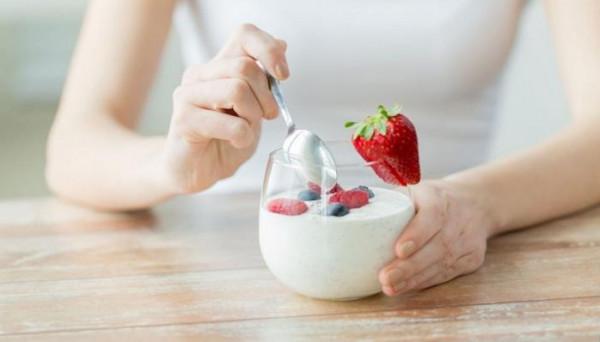 """لماذا نرى الطعام """"مُغريًا"""" عند محاولة إنقاص الوزن؟"""
