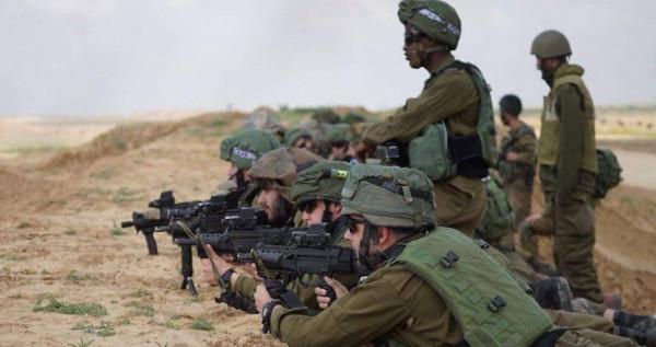 الجيش الإسرائيلي يُفجر عبوات ناسفة شمال قطاع غزة