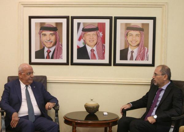 عريقات والصفدي: يجب إيجاد أفق لحل الصراع على أساس حل الدولتين