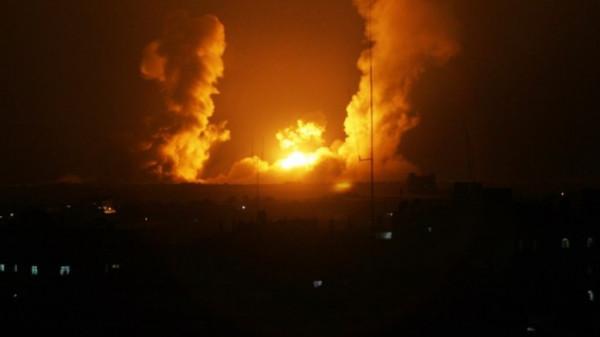 الاحتلال يُنفذ عدة غارات على أهداف للمقاومة بقطاع غزة