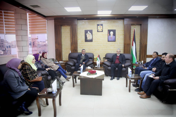 المحافظ أبو بكر يستقبل المدير الجديد لوفا بطولكرم