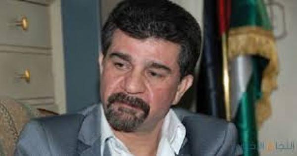 السفير عبد الهادي يقدم واجب العزاء لأسرة الفقيد أحمد الشهابي