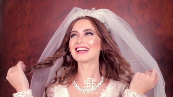 """عروس مصرية تدخل في حالة هستيرية: """"اتجوزنا.. اتجوزنا"""""""