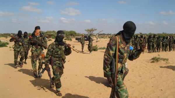 مقتل 52 من مسلحي حركة الشباب الصومالية في غارات أمريكية