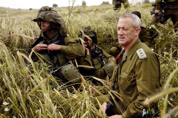غانتس يُطلق حملته الانتخابية على خلفية صور الدمار بغزة