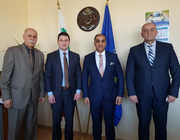 السفير احمد المذبوح يجتمع مع رئيس المديرية العامة للشرطة الوطنية البلغارية
