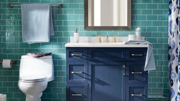 7 حيل بسيطة وغير مكلفة لتزيين حمام شقتك الإيجار