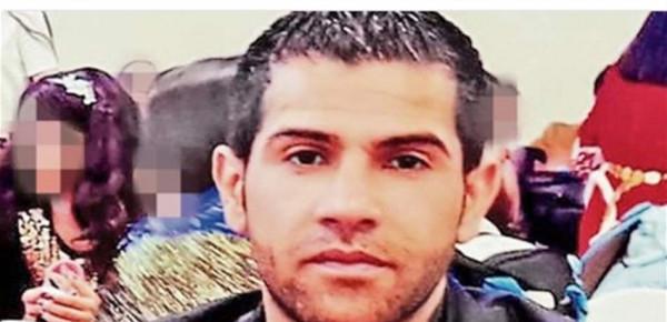 تبادلت الرسائل مع رجل آخر.. عراقي يقتل زوجته السابقة أمام ولديهما