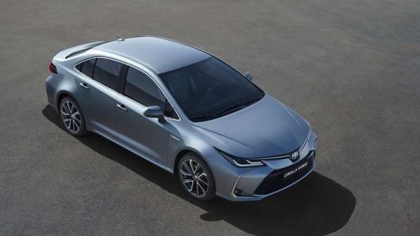 """تويوتا تعرض نموذجها الجديد من سيارات """"Corolla"""""""