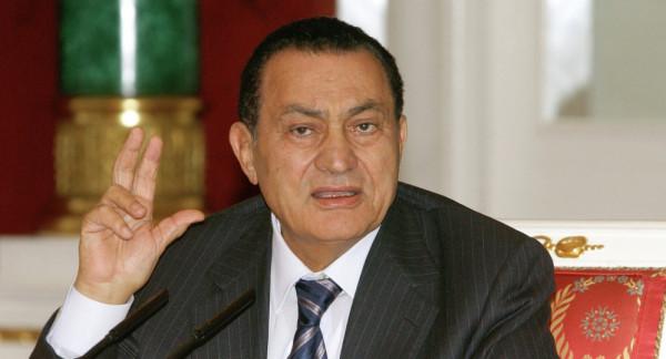 ثمانية أعوام على تنحي مبارك عن منصب الرئاسة في مصر