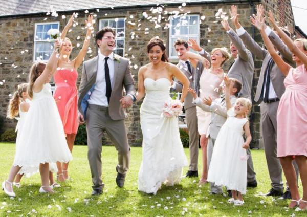 تجنّبي هذه التصرّفات في حفلات الزفاف