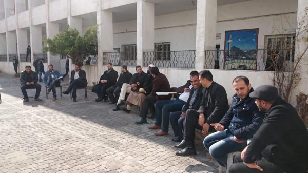 مدرسو المعاهد الأزهرية بغزة يواصلون فعالياتهم الاحتجاجية