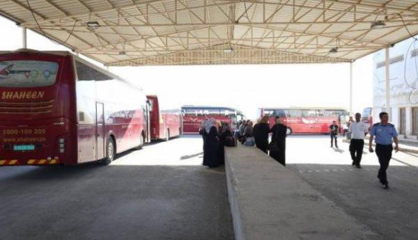 منع سفر ستة مواطنين من (معبر الكرامة) أمس