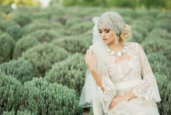 """فساتين زفاف """"كروشيه"""" لعروس الصيف"""