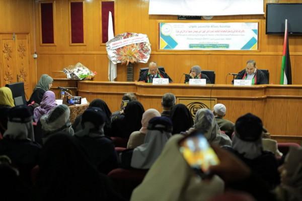 """""""رقية ديمير"""" أول طالبة تركية تحصل على درجة الماجستير من الجامعة الإسلامية"""