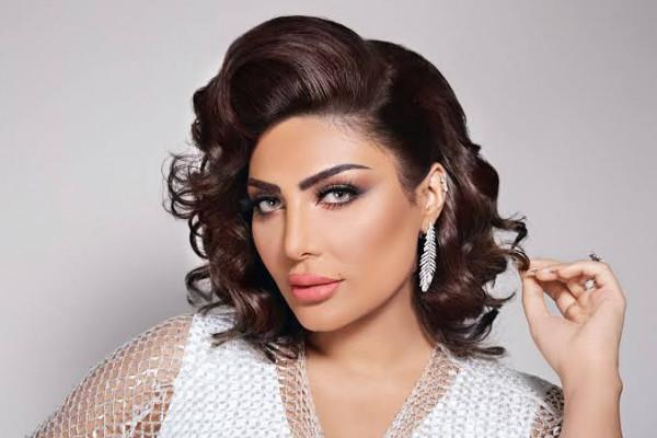 """الكويتية حنان دشتي تستعد لبرنامج """"آخر صيحة"""" على قناة خليجية"""