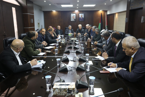 وزير الحكم المحلي يستقبل محافظ الخليل ومجلس بلدي يطا
