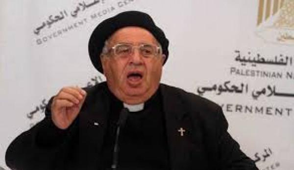 الأب مسلّم: من يُطبّع مع الاحتلال يخون فلسطين