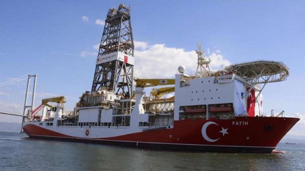 تركيا تطلق ثاني سفينة للتنقيب عن النفط والغاز في مياه المتوسط