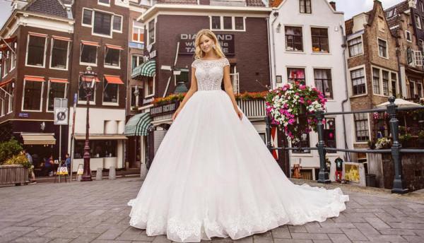 ماهو أفضل وقت لشراء فستان الزفاف بحسب الخبراء؟